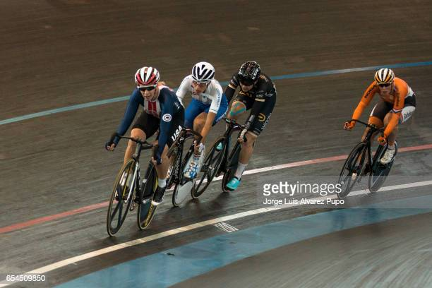 Sarah Hammer of USA Giorgia Bronzini of Italy Jolien D'Hoore of Belgium and Kirsten Wild of Netherlands compete in the Women's Pointsrace during the...