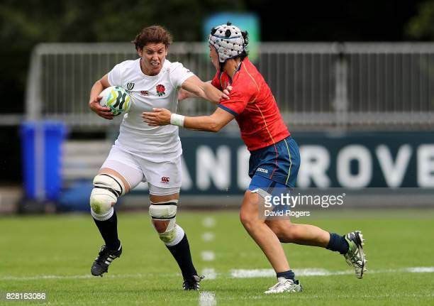 Sarah Hunter of England is tackled by Elena Redondo of Spain during the Women's Rugby World Cup 2017 match between England and Spain on August 9 2017...