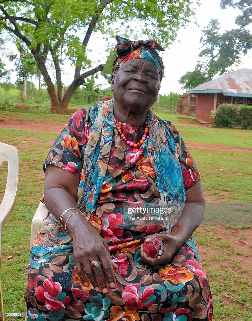 Sarah Hussein Obama, grandmother of U.S. president Barak Obama, speaks to the Asahi Shimbun on November 6, 2012 in Kogelo, Kenya. All the villagers pay attention to the U.S. presidential election between President Obama and Republican presidential candidate, former Massachusetts Gov. Mitt Romney.