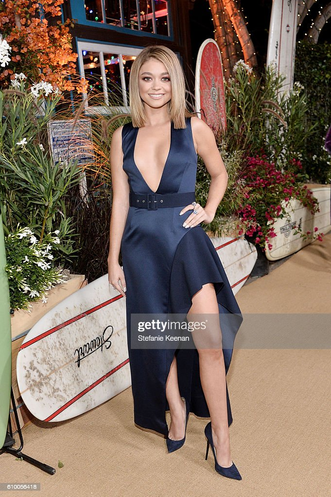 Sarah Hyland attends 14th Annual Teen Vogue Young Hollywood with American Eagle Outfitters on September 23, 2016 in Malibu, California.