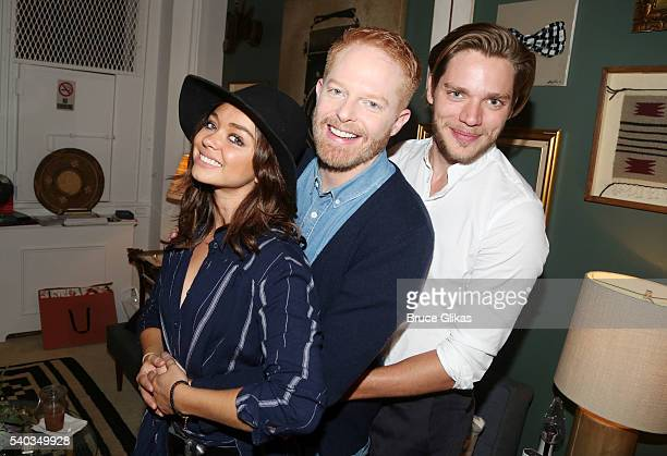 Sarah Hyland Jesse Tyler Ferguson and Dominic Sherwood pose backstage at the hit comedy 'Fully Committed' on Broadway at The Lyceum Theatre on June...