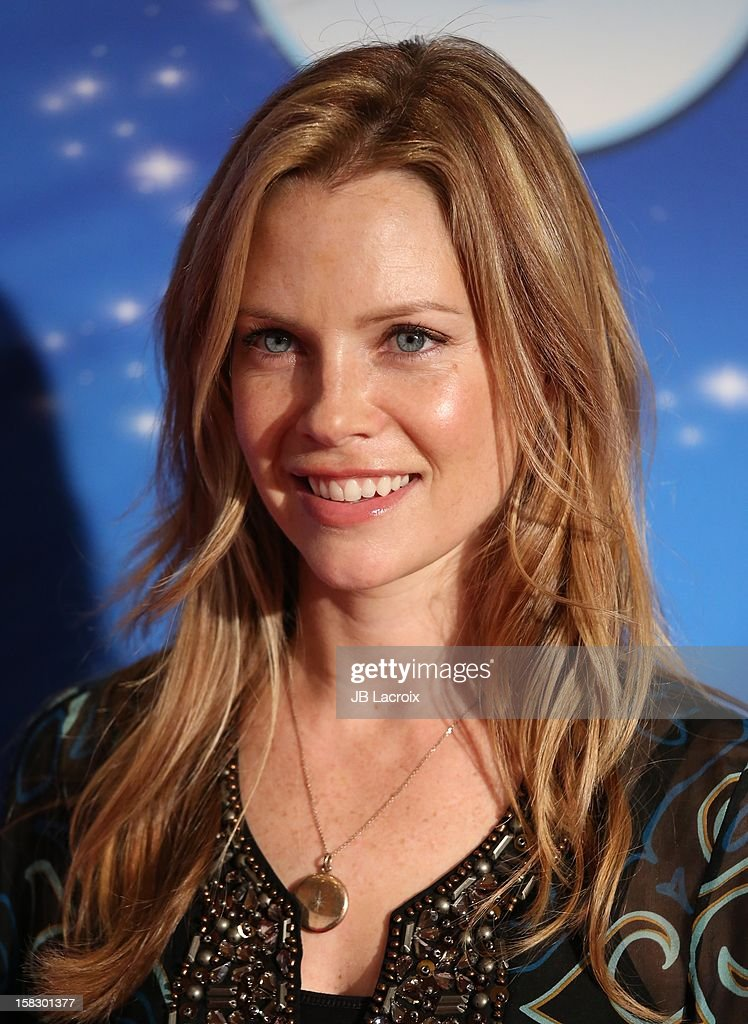 Sarah Jane Morris attends the Disney On Ice 'Dare To Dream' Red Carpet Opening Night at LA Kings Holiday Ice at L.A. LIVE on December 12, 2012 in Los Angeles, California.