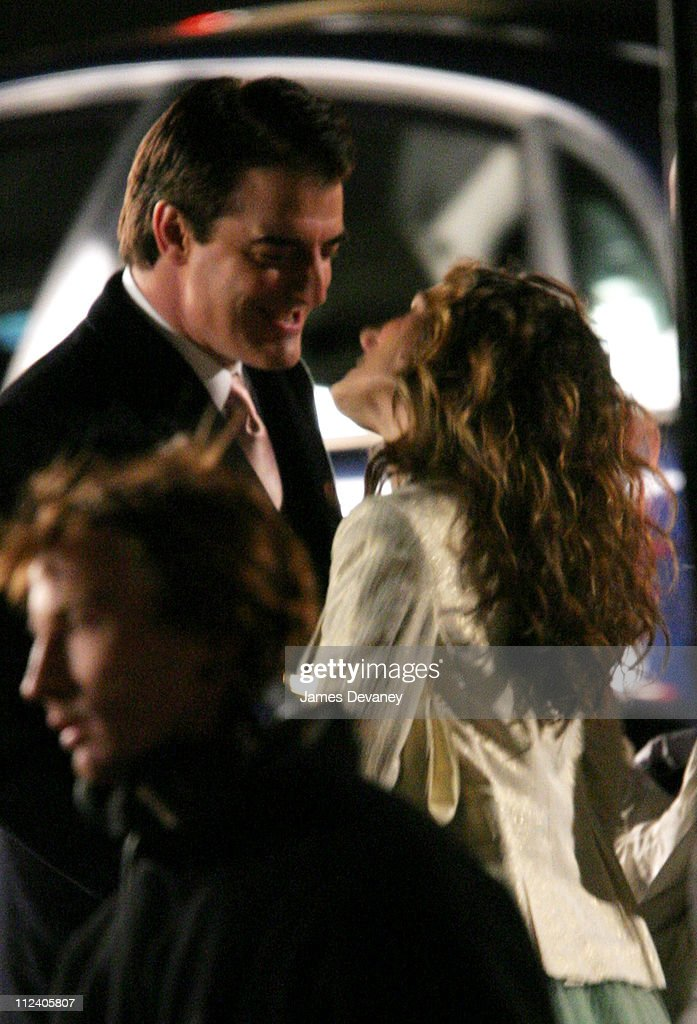 Sarah Jessica Parker and Chris Noth during Sarah Jessica Parker on the Set of 'Sex and the City' in Paris, France - January 17, 2004 at Streets of Paris in Paris, France, France.