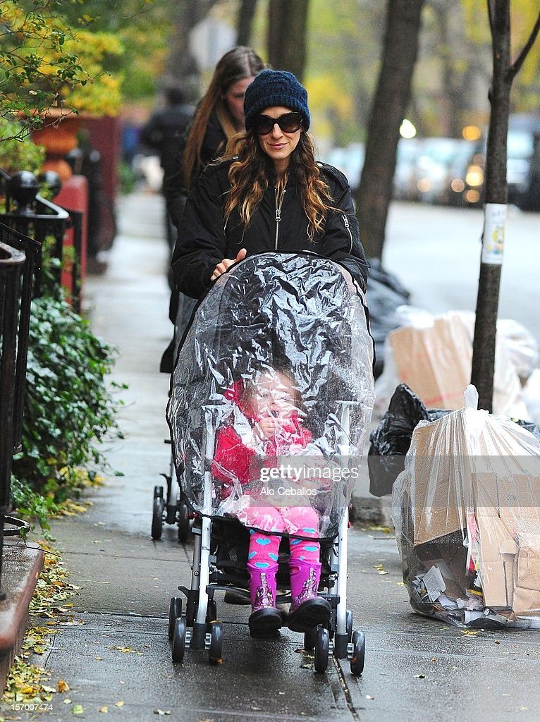 <a gi-track='captionPersonalityLinkClicked' href=/galleries/search?phrase=Sarah+Jessica+Parker&family=editorial&specificpeople=201693 ng-click='$event.stopPropagation()'>Sarah Jessica Parker</a> and <a gi-track='captionPersonalityLinkClicked' href=/galleries/search?phrase=Marion+Loretta+Elwell+Broderick&family=editorial&specificpeople=5947260 ng-click='$event.stopPropagation()'>Marion Loretta Elwell Broderick</a> are seen in the West Village at Streets of Manhattan on November 27, 2012 in New York City.