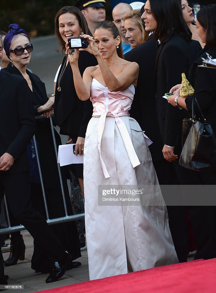<a gi-track='captionPersonalityLinkClicked' href=/galleries/search?phrase=Sarah+Jessica+Parker&family=editorial&specificpeople=201693 ng-click='$event.stopPropagation()'>Sarah Jessica Parker</a> attends New York City Ballet 2013 Fall Gala at David H. Koch Theater, Lincoln Center on September 19, 2013 in New York City.