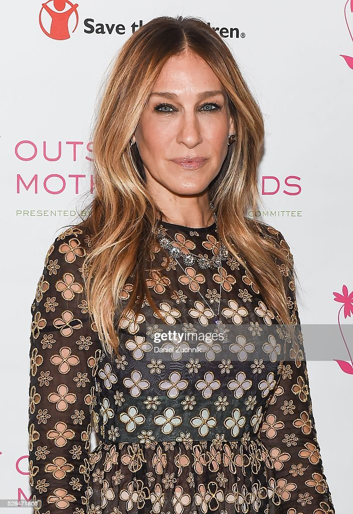 <a gi-track='captionPersonalityLinkClicked' href=/galleries/search?phrase=Sarah+Jessica+Parker&family=editorial&specificpeople=201693 ng-click='$event.stopPropagation()'>Sarah Jessica Parker</a> attends the 2016 Outstanding Mother Awards on May 05, 2016 in New York, New York.