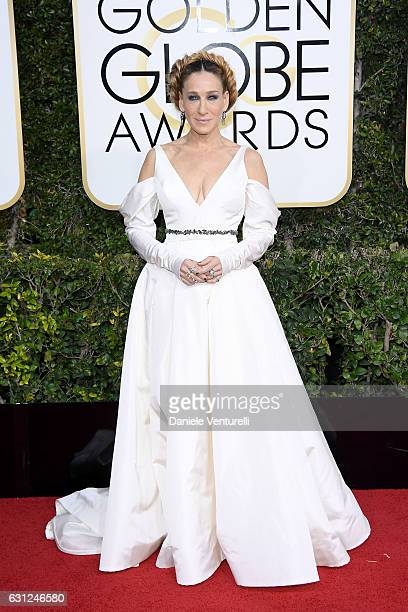 Sarah Jessica Parker attends the 74th Annual Golden Globe Awards at The Beverly Hilton Hotel on January 8 2017 in Beverly Hills California