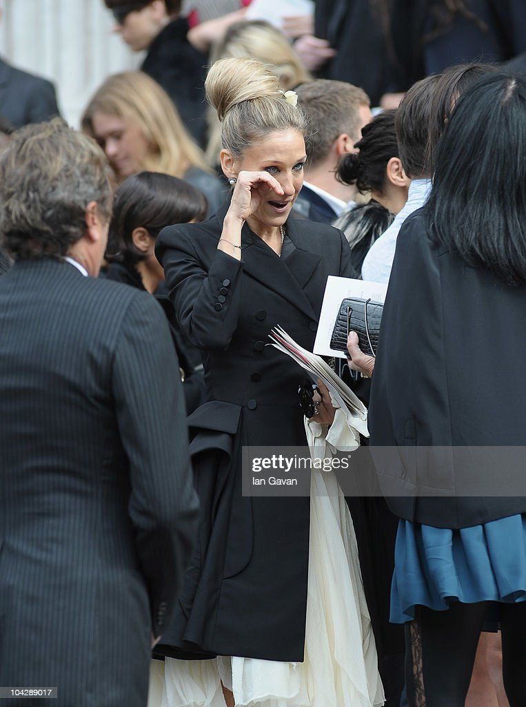 Alexander Mcqueen Memorial At St Pauls Cathedral Sarah Jessica Parker ...
