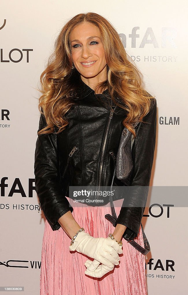 <a gi-track='captionPersonalityLinkClicked' href=/galleries/search?phrase=Sarah+Jessica+Parker&family=editorial&specificpeople=201693 ng-click='$event.stopPropagation()'>Sarah Jessica Parker</a> attends the amfAR New York Gala To Kick Off Fall 2012 Fashion Week Presented By Hublot at Cipriani Wall Street on February 8, 2012 in New York City.