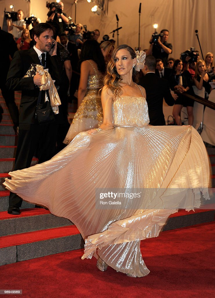 Sarah Jessica Parker attends the Costume Institute Gala Benefit to celebrate the opening of the 'American Woman: Fashioning a National Identity' exhibition at The Metropolitan Museum of Art on May 3, 2010 in New York City.