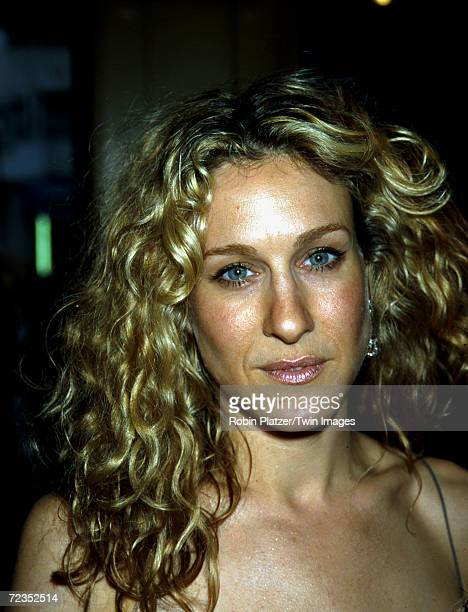 Sarah Jessica Parker attends the HBO premiere of 'Sex and the City' May 30 2000 at the United Artists theater in New York City