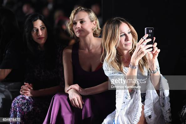 Sarah Jessica Parker attends the Prabal Gurung collection during New York Fashion Week The Shows at Gallery 1 Skylight Clarkson Sq on February 12...