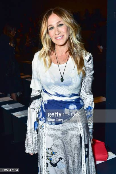 Sarah Jessica Parker attends the Prabal Gurung show during New York Fashion Week at Skylight Clarkson Sq on February 12 2017 in New York City