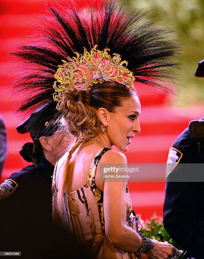 <a gi-track='captionPersonalityLinkClicked' href=/galleries/search?phrase=Sarah+Jessica+Parker&family=editorial&specificpeople=201693 ng-click='$event.stopPropagation()'>Sarah Jessica Parker</a> departs the Costume Institute Gala for the 'PUNK: Chaos to Couture' exhibition at the Metropolitan Museum of Art on May 6, 2013 in New York City.