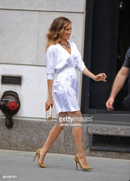 Sarah Jessica Parker filming on location for 'Sex And The City 2' on the Streets of Manhattan on September 8 2009 in New York City