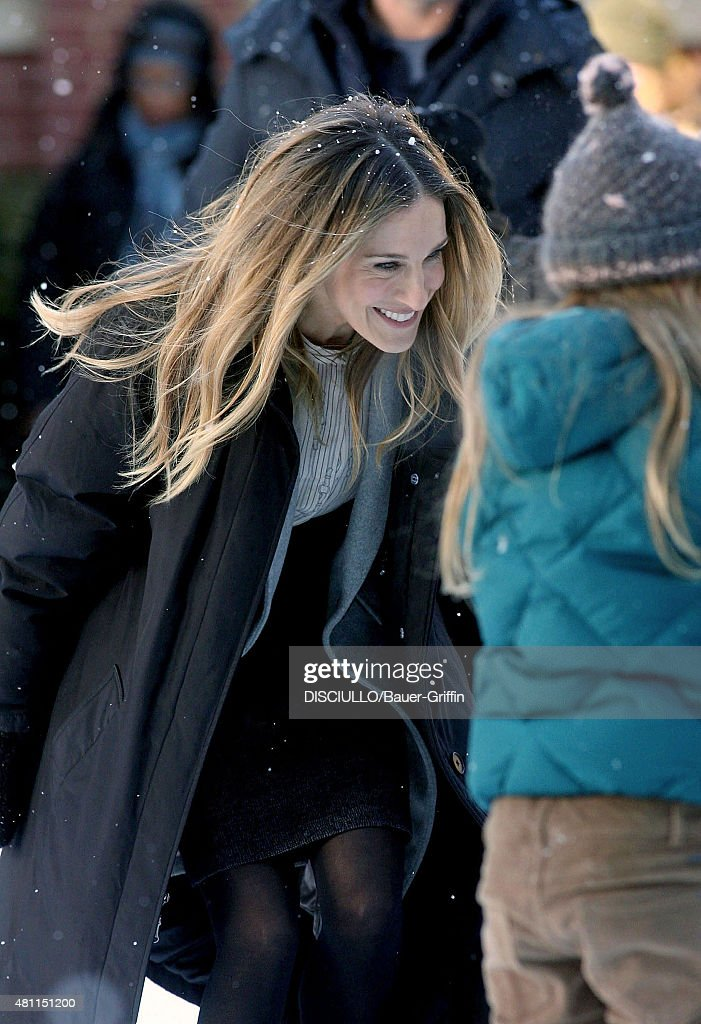 Sarah Jessica Parker is seen on the movie set of 'I Don't Know How She Does It' on February 22 2011 in New York City