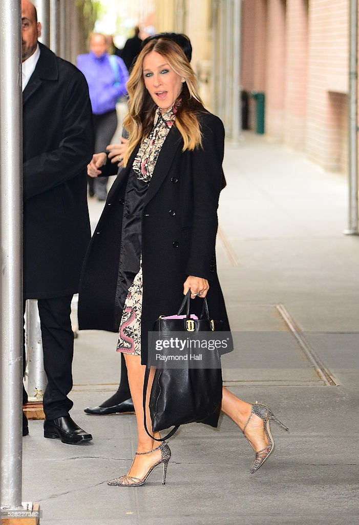 Sarah Jessica Parker is seen walking out of the ABC Studio on May 5, 2016 in New York City.