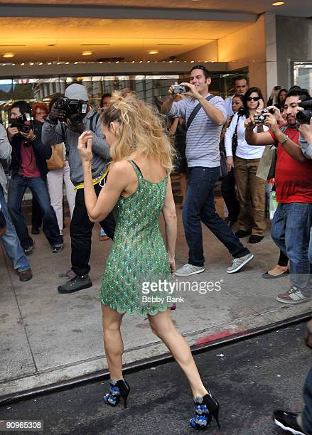 Sarah Jessica Parker on location for 'Sex and the City 2' on the streets of Manhattan on September 18 2009 in New York City
