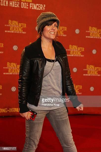 Sarah Kuttner Bei Der Premiere Von 'Burn After Reading Wer Verbrennt Sich Hier Die Finger' Im Cinestar In Berlin