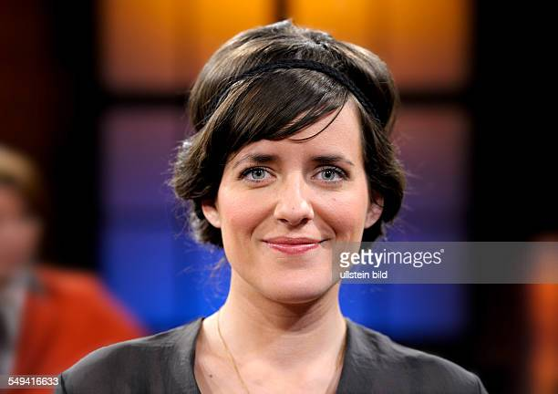 Sarah KUTTNER Television presenter