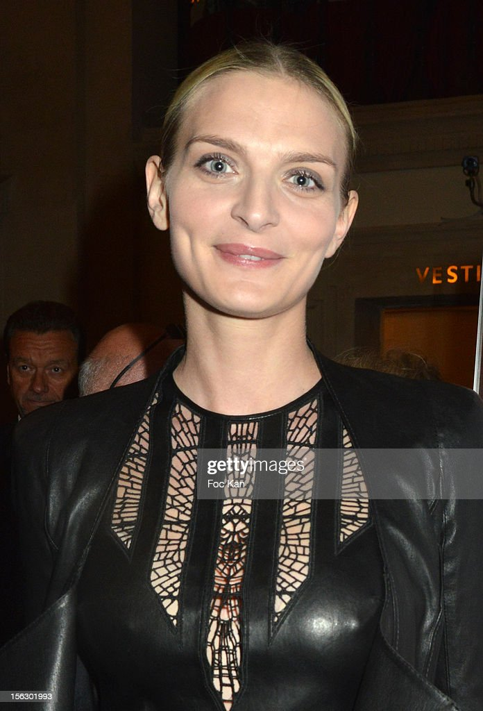 Sarah Marshall attends the 20th 'Gala Pour L'Espoir' At the Theatre du Chatelet on November 12, 2012 in Paris, France.
