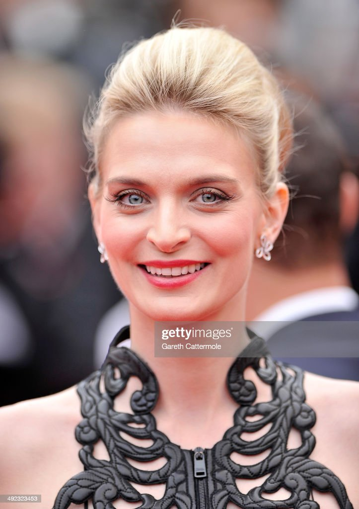 Sarah Marshall attends the 'Foxcatcher' premiere during the 67th Annual Cannes Film Festival on May 19, 2014 in Cannes, France.