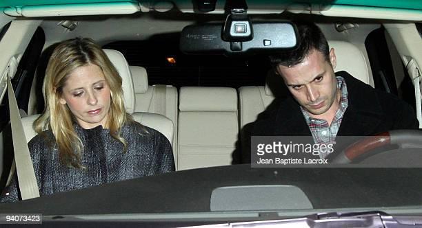 Sarah Michelle Gellar and Freddie Prinze Jr sigthing in West Hollywood on December 5 2009 in Los Angeles California