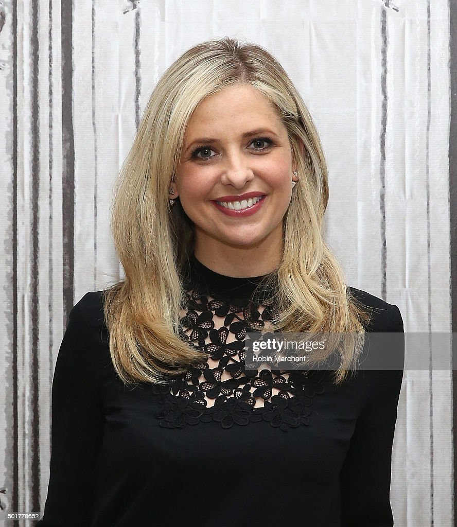 Sarah Michelle Gellar attends AOL BUILD Series Sarah Michelle Gellar Discusses Her New Company 'Foodstirs' at AOL Studios In New York on December 17...