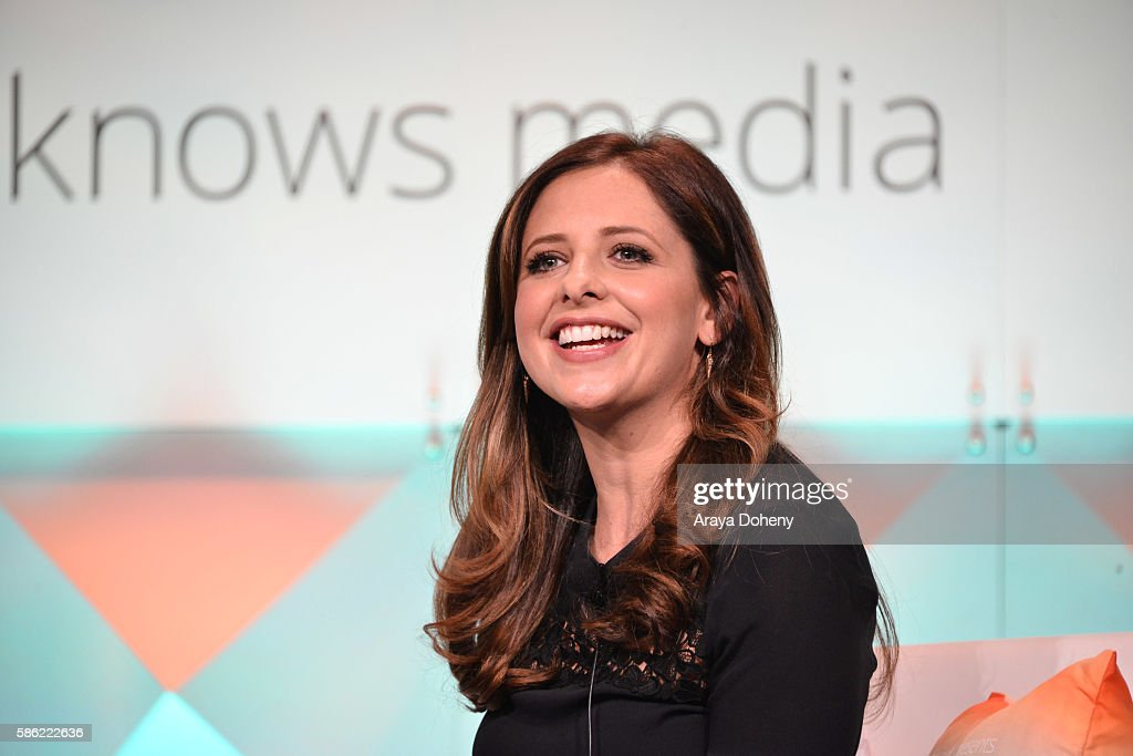 Sarah Michelle Gellar attends the #BlogHer16 Experts Among Us Conference in Los Angeles at LA LIVE on August 5 2016 in Los Angeles California
