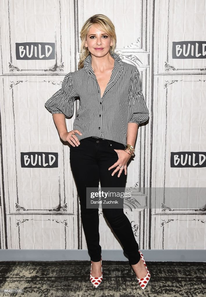 """Build Series Presents Sarah Michelle Gellar Discussing """"Stirring Up Fun With Food"""""""