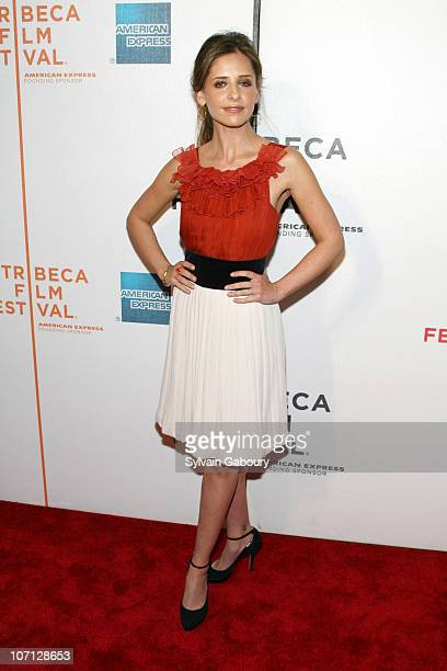 Sarah Michelle Gellar during 6th Annual Tribeca Film Festival Premiere of 'Suburban Girl' Red Carpet Arrivals at BMCC Tribeca PAC at 199 Chambers...