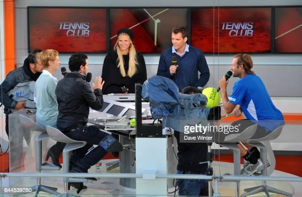 Sarah PITKOWSKI / Cyril HANOUNA / Tatiana GOLOVIN / Paul Henri MATHIEU Plateau France Television Roland Garros 2011 Photo Dave Winter / Icon Sport