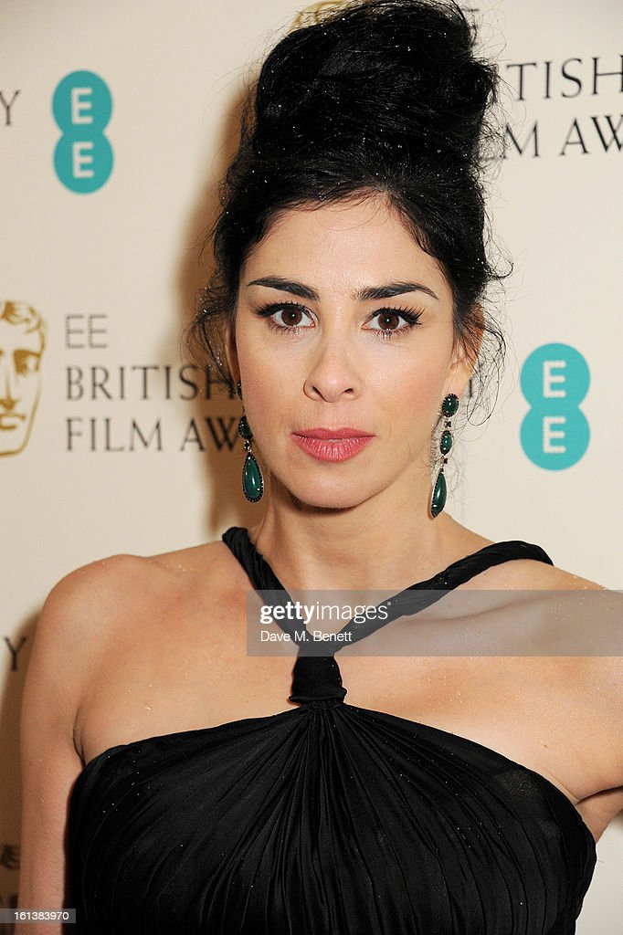 <a gi-track='captionPersonalityLinkClicked' href=/galleries/search?phrase=Sarah+Silverman&family=editorial&specificpeople=241299 ng-click='$event.stopPropagation()'>Sarah Silverman</a> arrives at the EE British Academy Film Awards at the Royal Opera House on February 10, 2013 in London, England.