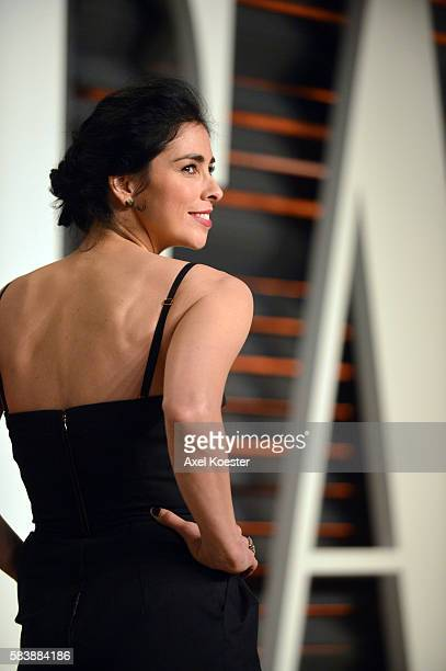 Sarah Silverman attends the 2015 Vanity Fair Oscar Party hosted by Graydon Carter at the Wallis Annenberg Center for the Performing Arts on February...