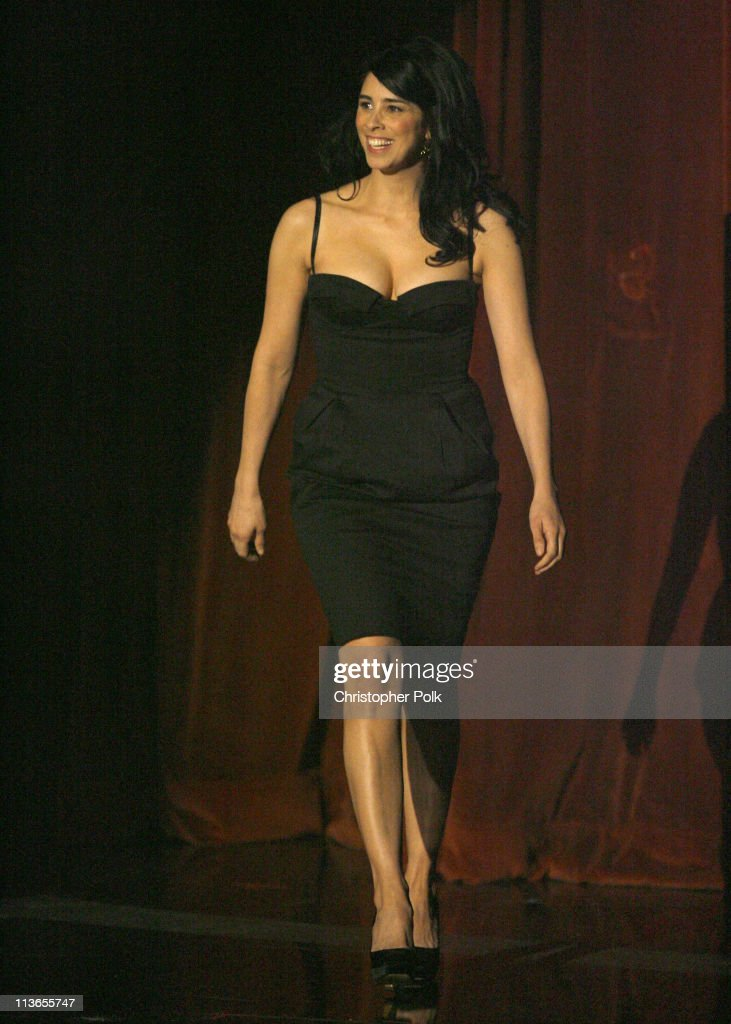 <a gi-track='captionPersonalityLinkClicked' href=/galleries/search?phrase=Sarah+Silverman&family=editorial&specificpeople=241299 ng-click='$event.stopPropagation()'>Sarah Silverman</a>, host during 2007 MTV Movie Awards - Show at Gibson Amphitheater in Los Angeles, California, United States.