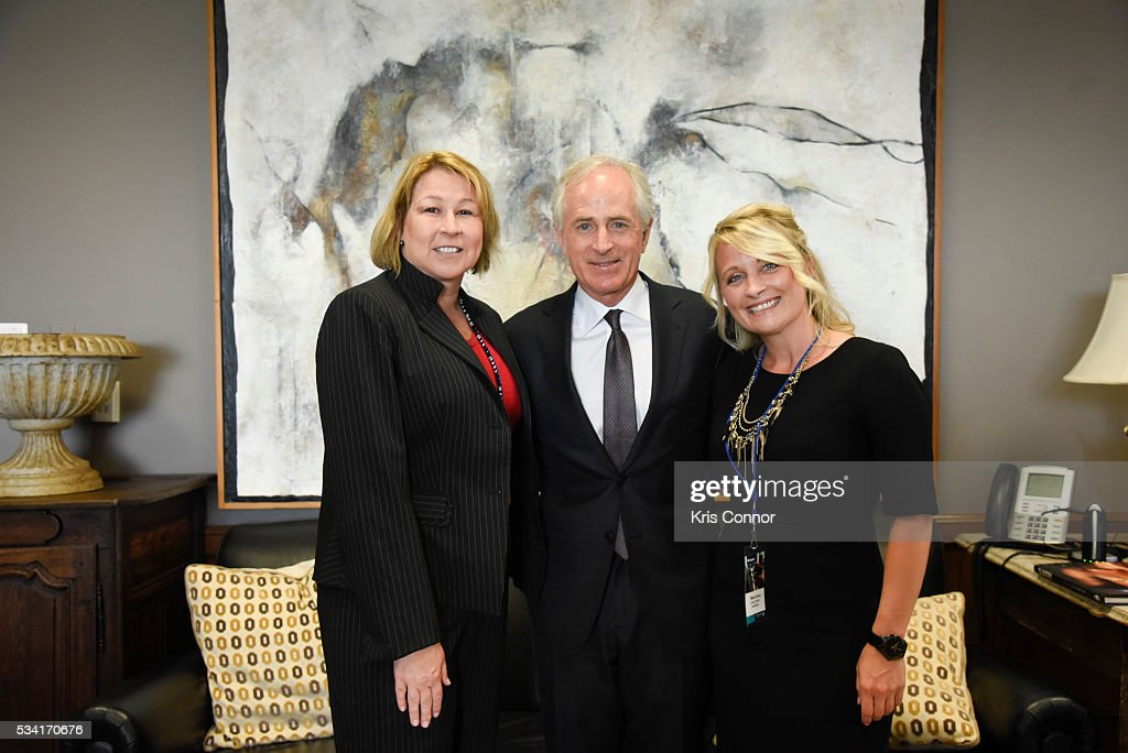 Sarah Trahern and Tiffany Kerns of CMA (Country Music Association) meet with Sen. <a gi-track='captionPersonalityLinkClicked' href=/galleries/search?phrase=Bob+Corker&family=editorial&specificpeople=3986296 ng-click='$event.stopPropagation()'>Bob Corker</a> (R-TN) during the NAMM, CMA and VH1 Music Advocacy Day in the US Capitol on May 25, 2016 in Washington DC.