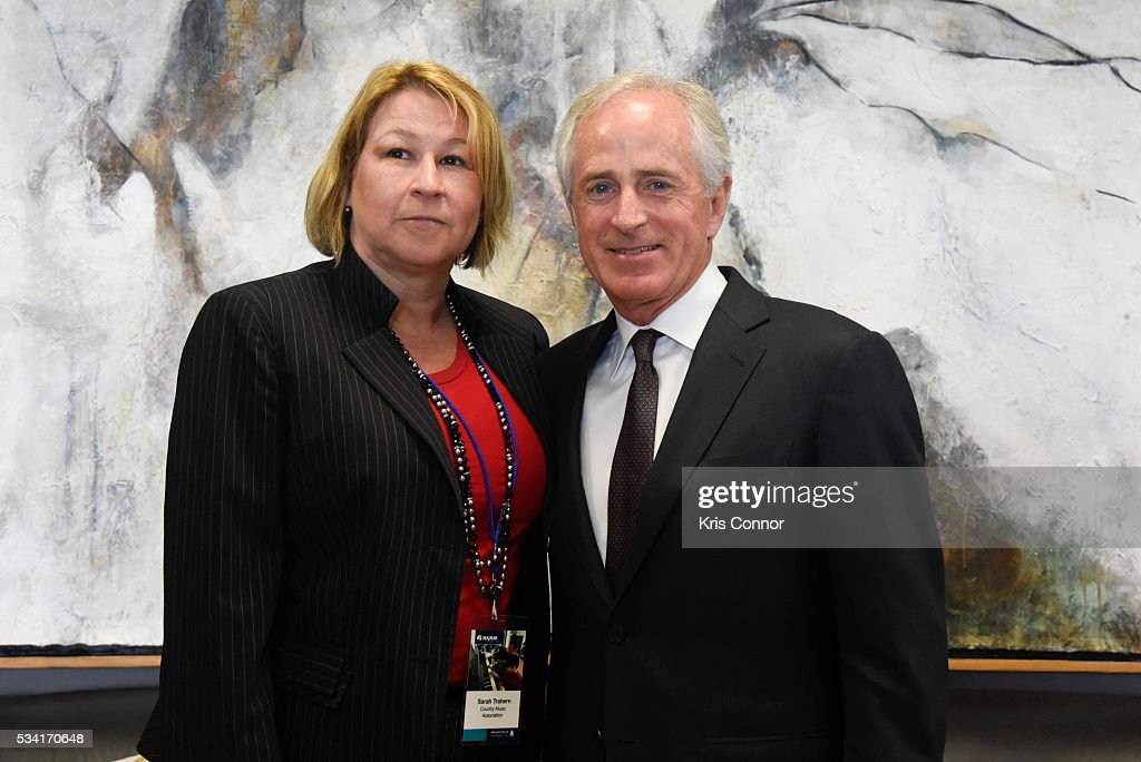 Sarah Trahern of CMA (Country Music Association) meets with Sen. <a gi-track='captionPersonalityLinkClicked' href=/galleries/search?phrase=Bob+Corker&family=editorial&specificpeople=3986296 ng-click='$event.stopPropagation()'>Bob Corker</a> (R-TN) during the NAMM, CMA and VH1 Music Advocacy Day in the US Capitol on May 25, 2016 in Washington DC.