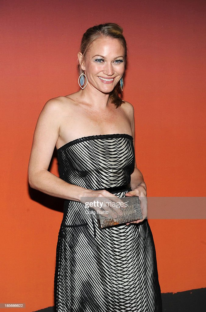 Sarah Winter arrives at the 2013 Whitney Gala And Studio Party at Skylight at Moynihan Station on October 23, 2013 in New York City.