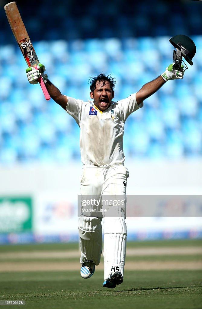 Pakistan v Australia - 1st Test Day Two