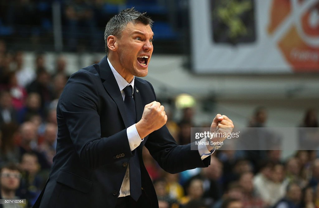 <a gi-track='captionPersonalityLinkClicked' href=/galleries/search?phrase=Sarunas+Jasikevicius&family=editorial&specificpeople=581779 ng-click='$event.stopPropagation()'>Sarunas Jasikevicius</a>, Head Coach of Zalgiris Kaunas in action during the Turkish Airlines Euroleague Basketball Top 16 Round 5 game between Khimki Moscow Region v Zalgiris Kaunas at Krylatskoye Arena on January 29, 2016 in Moscow, Russia.