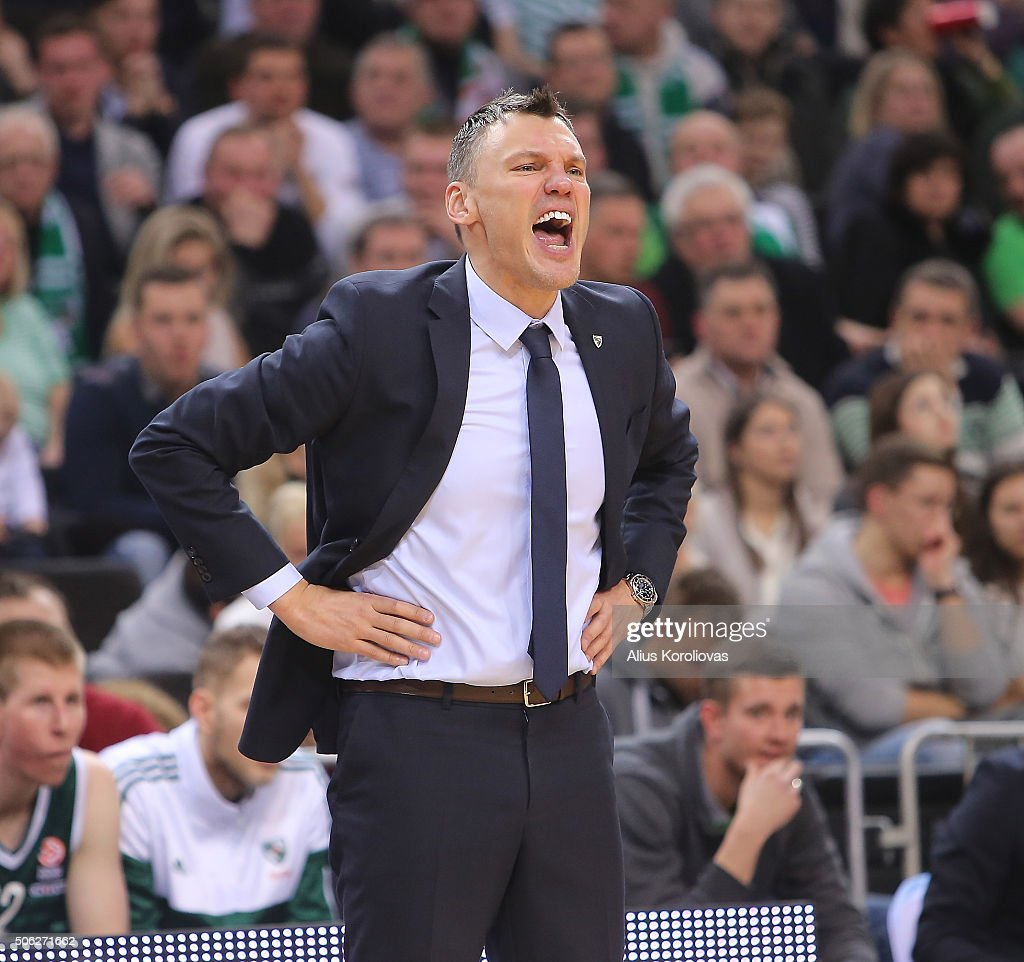 Sarunas Jasikevicius, Head Coach of Zalgiris Kaunas reacts during the Turkish Airlines Euroleague Basketball Top 16 Round 4 game between Zalgiris Kaunas v Olympiacos Piraeus at Zalgirio Arena on January 22, 2016 in Kaunas, Lithuania.