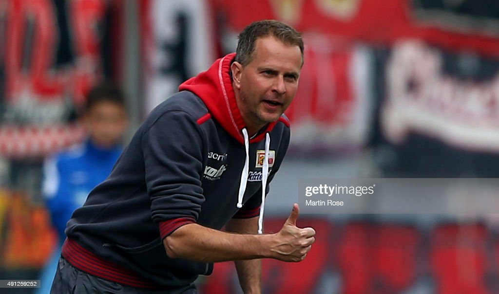 <a gi-track='captionPersonalityLinkClicked' href=/galleries/search?phrase=Sascha+Lewandowski&family=editorial&specificpeople=5134760 ng-click='$event.stopPropagation()'>Sascha Lewandowski</a>, head coach of Union Berlin reacts during the Second Bundesliga match between Eintracht Braunschweig and 1. FC Union Berlin at Eintracht Stadion on October 4, 2015 in Braunschweig, Germany.