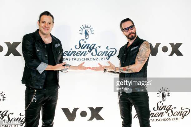 Sascha Vollmer and Alec Voelkel of the band 'The BossHoss' during the 'Sing meinen Song' photo call on April 5 2017 in Berlin Germany