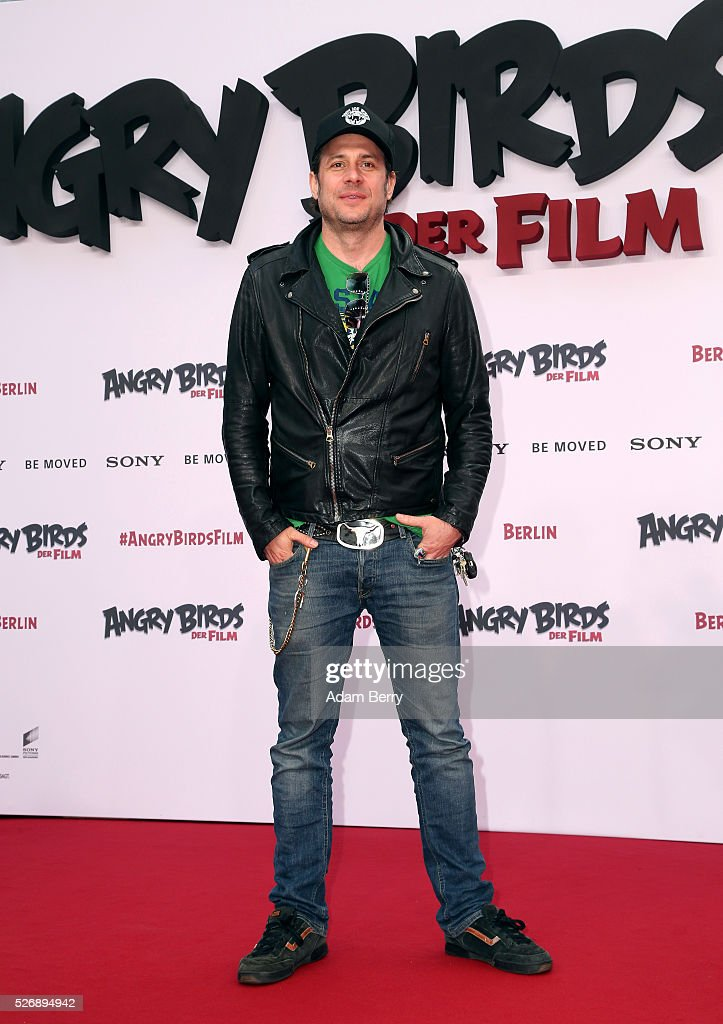 Sascha Vollmer attends the premiere of 'Angry Birds - Der Film' on May 01, 2016 in Berlin, Berlin.