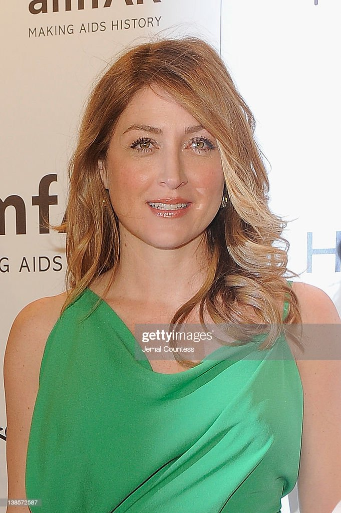 <a gi-track='captionPersonalityLinkClicked' href=/galleries/search?phrase=Sasha+Alexander&family=editorial&specificpeople=215373 ng-click='$event.stopPropagation()'>Sasha Alexander</a> attends the amfAR New York Gala To Kick Off Fall 2012 Fashion Week at Cipriani Wall Street on February 8, 2012 in New York City.