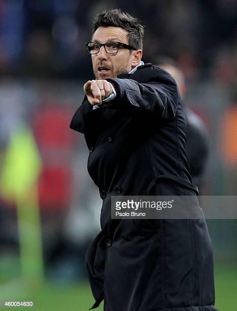 Sassuolo Calcio head coach Eusebio Di Francesco gestures during the Serie A match between AS Roma and US Sassuolo Calcio at Stadio Olimpico on...