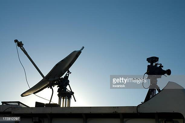 Satellitenfernsehen und Kamera