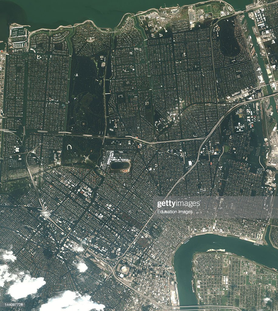 Satellite View Of Flooded New Orleans In The Aftermath Of Hurricane Katrina (31 August, 2005), (2 Of 2 In A Series, See M2-0397 For First In Series).