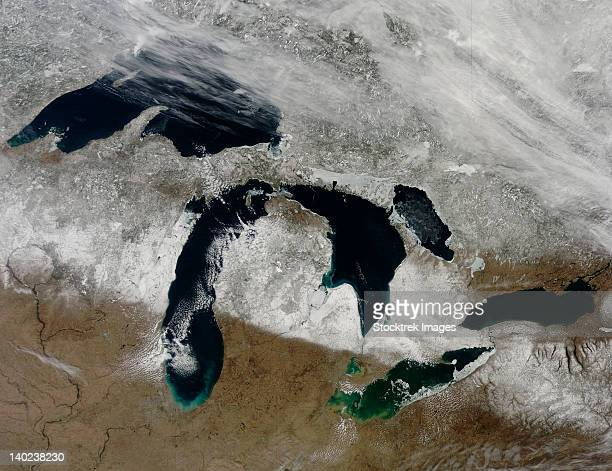 Satellite view of snow across Wisonsin, Michigan and Canada.