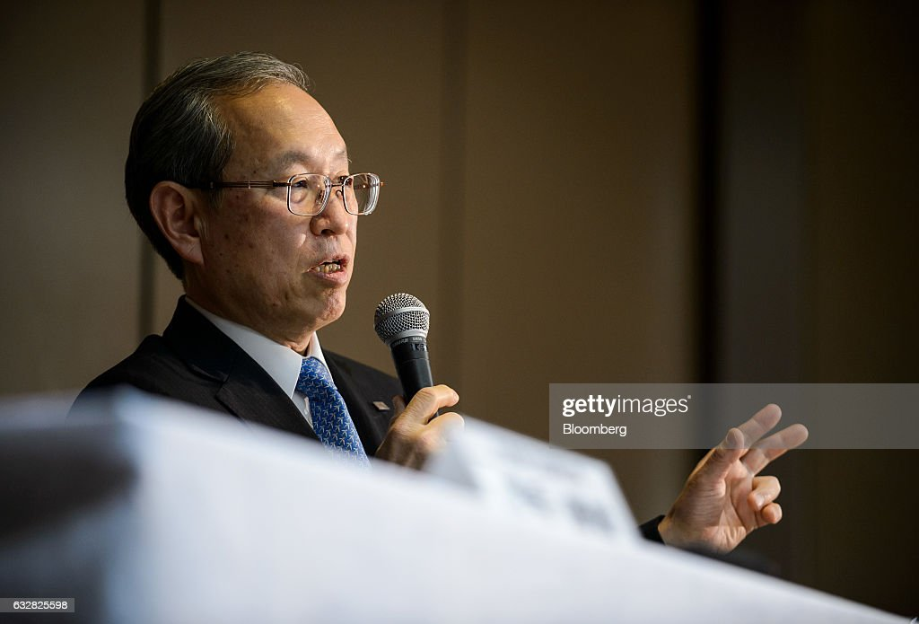 Satoshi Tsunakawa, president of Toshiba Corp., gestures while speaking during a news conference in Tokyo, Japan, on Friday, Jan. 27, 2017. Toshiba, facing a multibillion-dollar writedown in its nuclear power division, is reconsidering plans to accept new reactor orders. Photographer: Akio Kon/Bloomberg via Getty Images